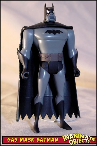 batman-gas-mask-01
