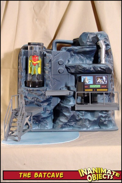 batcave-toybiz-01