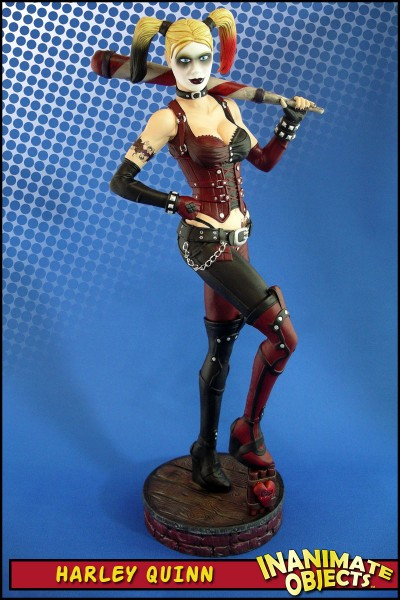 harley-quinn-statue-arkham-city-game-01