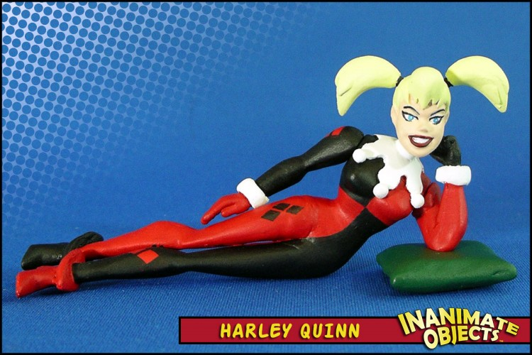 harley-quinn-reclined-01